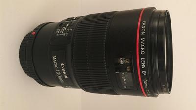 Canon EF 100mm 1:2,8L USM Macro
