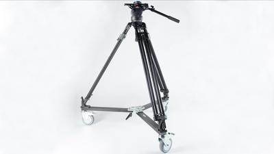 Manfrotto350MVBStativ+Fluid Videoneiger+Rollen
