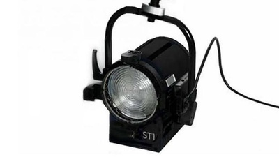 Arri ST1 / 1000w Kunstlicht Fresnel