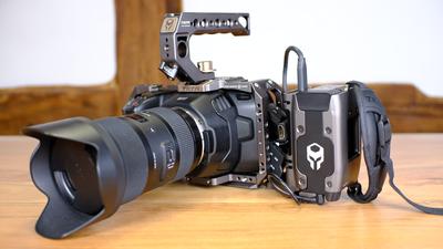 Bmpcc6k + Sigma 18-35 1.8 + Cage + SSD + Battery Grip