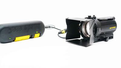 Dedolight Linsenscheinwerfer DLH4 mit DT24 Dimmer 150W