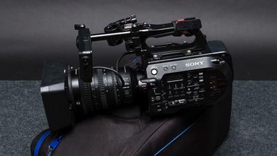 Sony FS7 Mark II Kit inkl. Objektiv / Speicherkarten / Akku