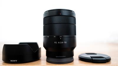Sony SEL 24-70 / Zeiss / FE 4 Zoom / für Vollformat-Kameras