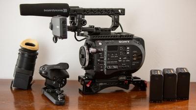 Sony FS7 M2 Set mit Stativ