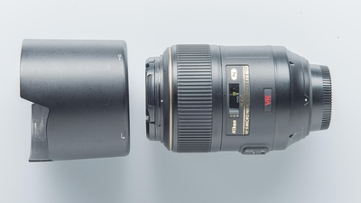 Nikon AF-S Micro-Nikkor 105mm 1:2,8G VR