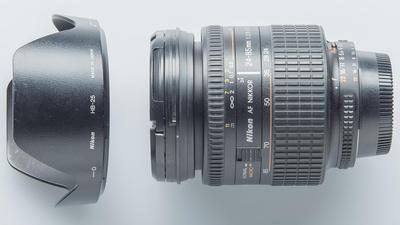 Nikon AF  Nikkor 24-85/2.8-4  D Objektiv