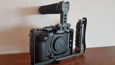 Panasonic Lumix GH5 + V-Log