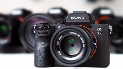 Sony Alpha A7 III / A7 III + Sony Zeiss 55mm f1.8